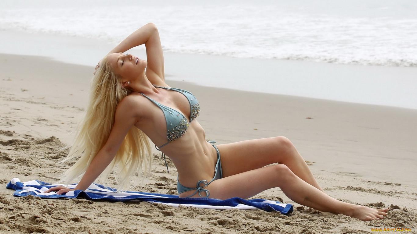 Фото девушек на пляже в кирове
